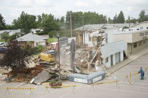 Town bids farewell to landmark building