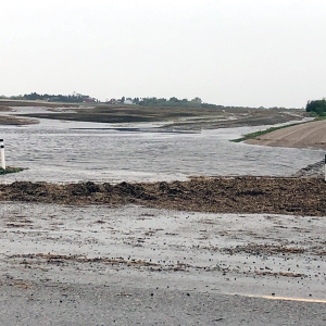 Strong winds, flash floods hit Acme/Beiseker area